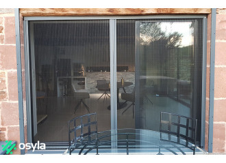 Moustiquaire plissée pour fenêtre 2 vantaux ouverture centrale sur mesure
